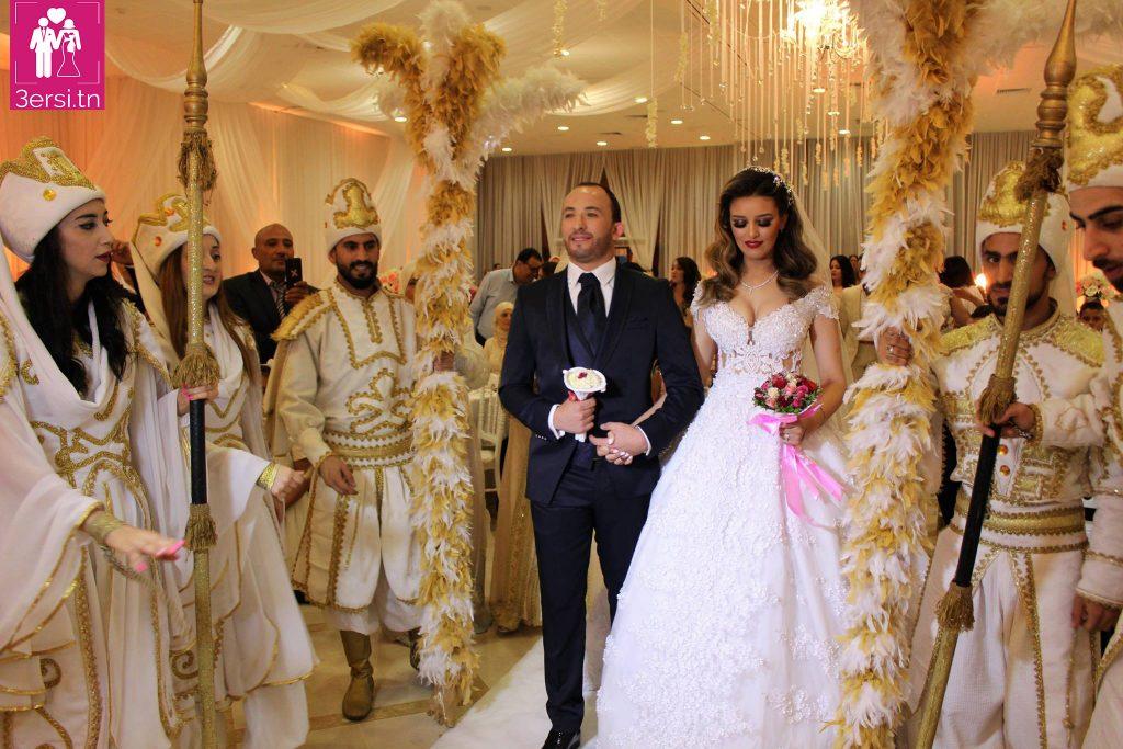 Les photos du mariage du footballeur  Wajdi Bouazzi !!